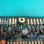 SP-10mk2制御基板表面 同期調整VR(修理前)