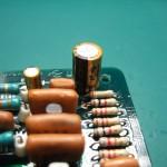 オーディオグレードの電解コンデンサーに交換(4)