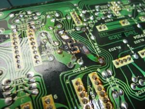 Technics(テクニクス) SP-10mk3 制御基板(裏) 修理前 パターン損傷個所