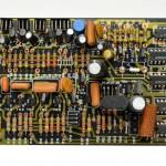 DENON (デンオン) DP-6000 位相ロックアンプ回路基板 部品面 オーバーホール前