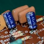 Technics (テクニクス) SP-15 FGフィルター回路の劣化した電解コンデンサ